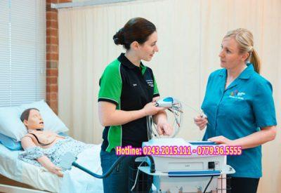 Học viên hoc nghề Điều dưỡng tại Ba Lan
