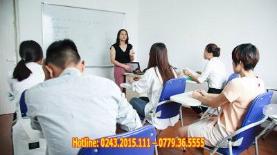 Một lớp học tiếng Đức cho người đi du học tại Helifsa
