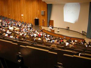 Chương trình học Đại học sự bị mất khoảng 1 – 2 năm