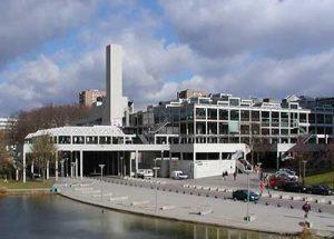 Ngôi trường được đánh giá cao về chất lượng đào tạo Thiết kế đồ họa tại Đức