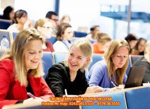 sau khi tốt nghiệp, sinh viên còn được chính phủ Ba Lan tạo điều kiện tốt nhất để tìm kiếm việc làm và có cơ hội định cư lâu dài