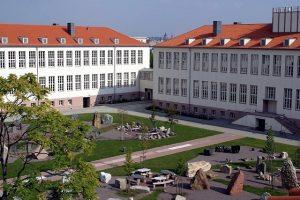 Ngôi trường Đại học MLU được đánh giá cao về chất lượng giảng dạy