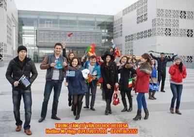 Sinh viên có cơ hội du lịch và trải nghiệm tại các quốc gia Châu Âu