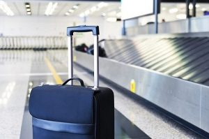 Không nên mang quá nhiều hành lý nếu không muốn bị bỏ lại đồ tại sân bay