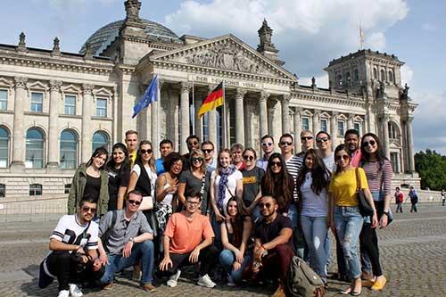 Chi phí sinh hoạt và học phí khi du học tại Đức khá thấp