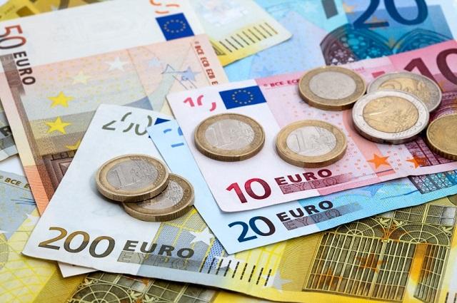 Sinh viên chi khoảng 800 Euro/tháng cho sinh hoạt phí