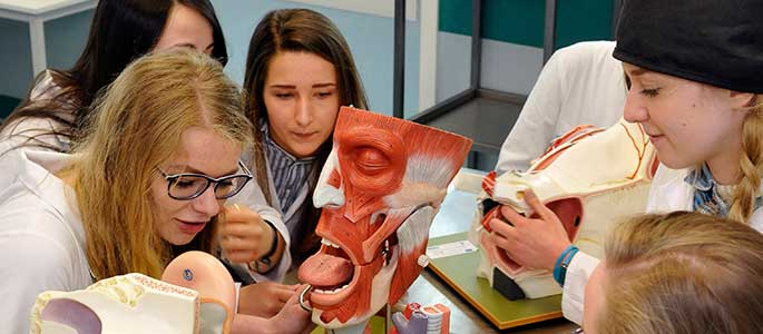 Ba Lan hiện đang là một trong số các quốc gia Châu Âu phát triển về ngành y rất mạnh