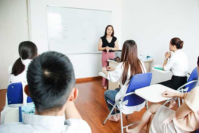 Lớp học tiếng Đức tại trung tâm Helifsa