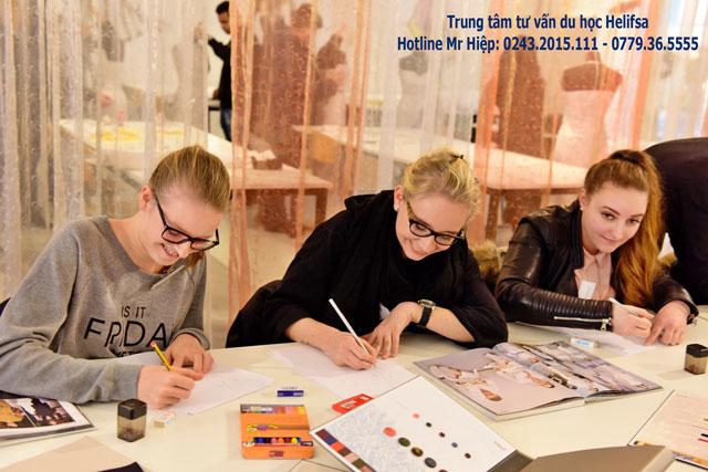 Phần lớn nhà thiết kế thời trang nổi tiếng hiện nay tại Châu Âu đều được đào tạo ra từ các trường tại Ba Lan