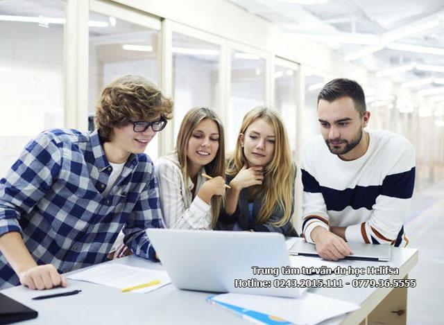 Học bổng từ chính phủ là cơ hội học tập thuận lợi cho sinh viên