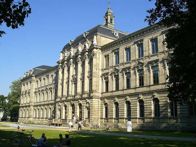 Erlangen - Trường Đại học có quy mô lớn tại Đức