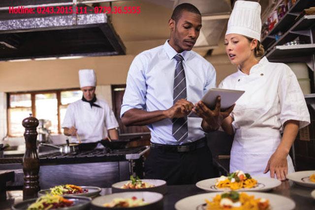 Quản lý khách sạn là một nghề yêu cầu cần có nhiều kinh nghiệm.