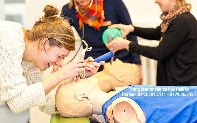 Du học ngành y tại Đức được đào tạo rất bài bản và chuẩn mực cao