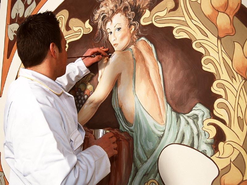 Ausbildung 11: Maler und Lackierer (Thợ Sơn vẽ trang trí và thợ trang trí đánh bóng).